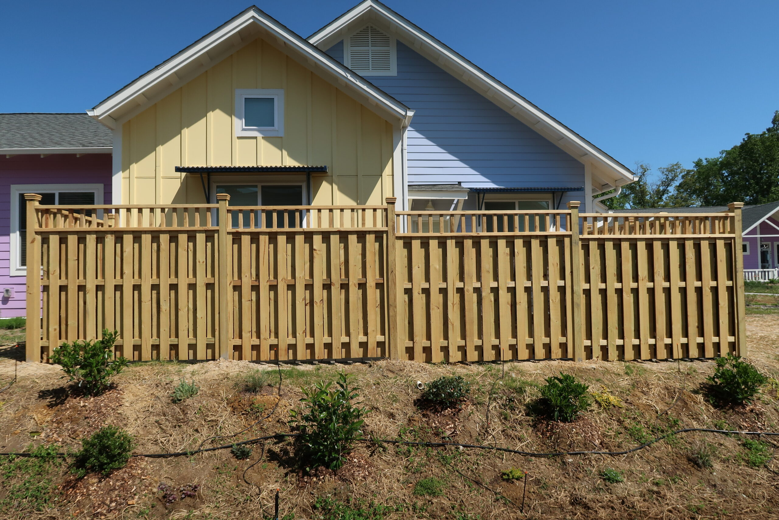 Accent on Top of Fencing